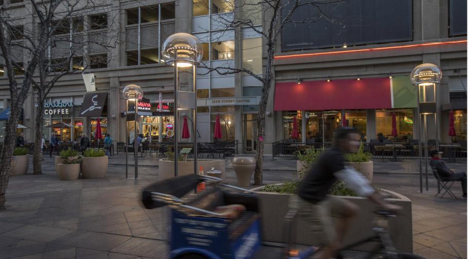 Éclairage de 16th Street Mall